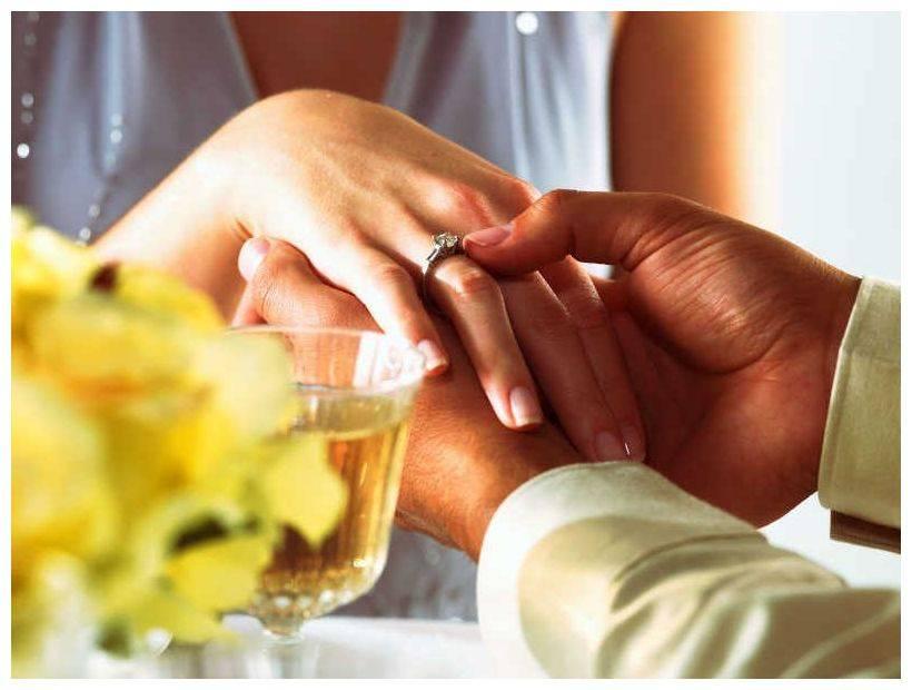 обручальное кольцо киев