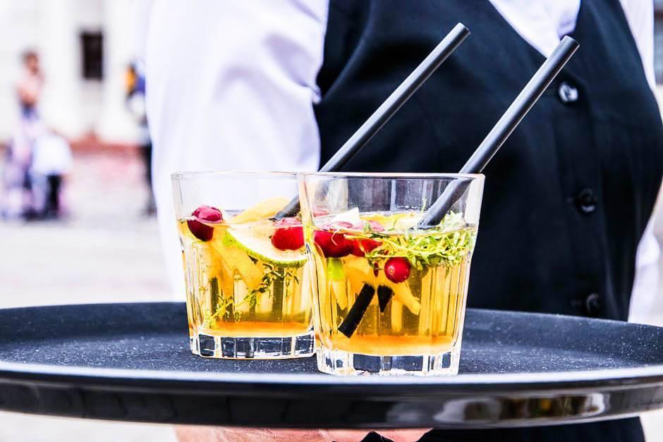 напитки на мероприятие коктейль